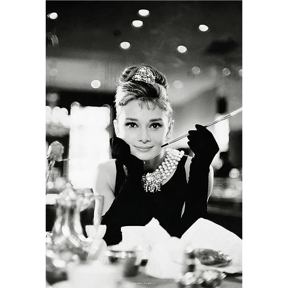 Black And White Audrey Hepburn Breakfast At Tiffanys Feature Wall Wallpaper  Mural | 158cm X 232cm Part 21