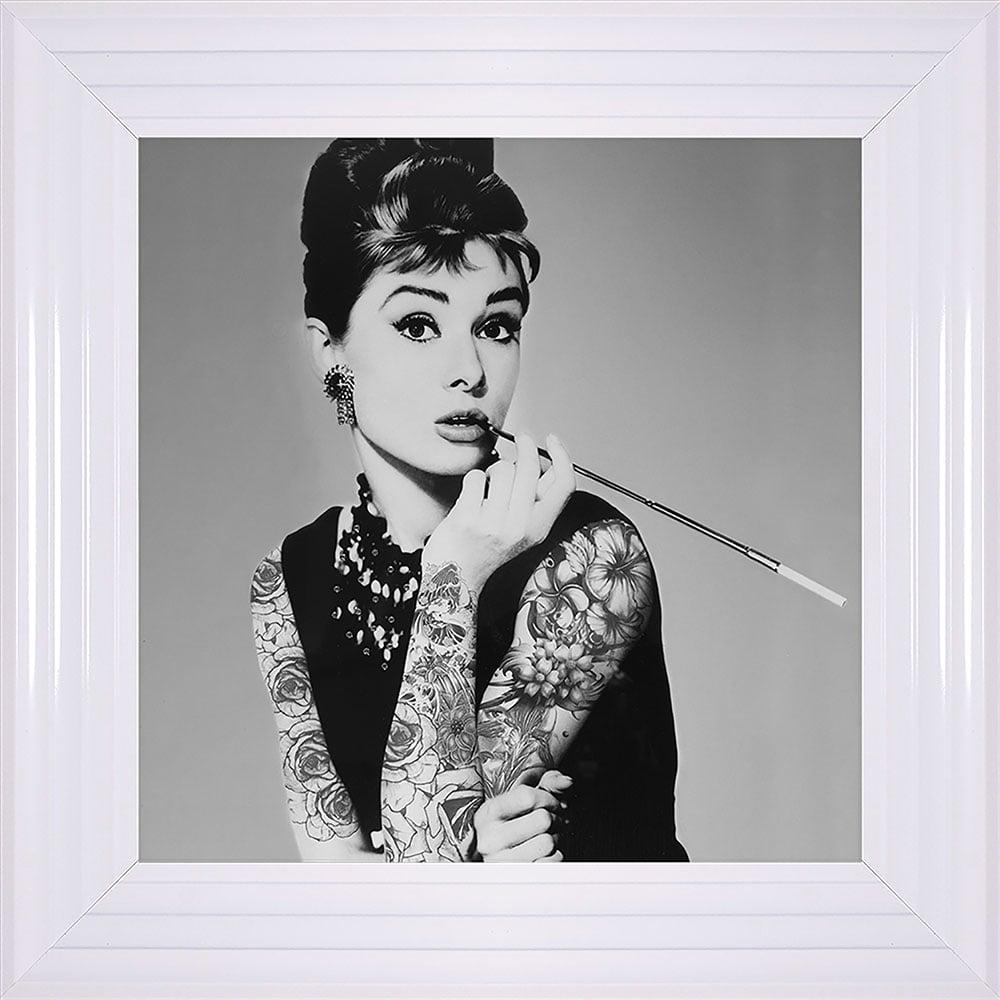 Biggon Audrey Hepburn Smoking Print Framed Liquid Artwork and ...