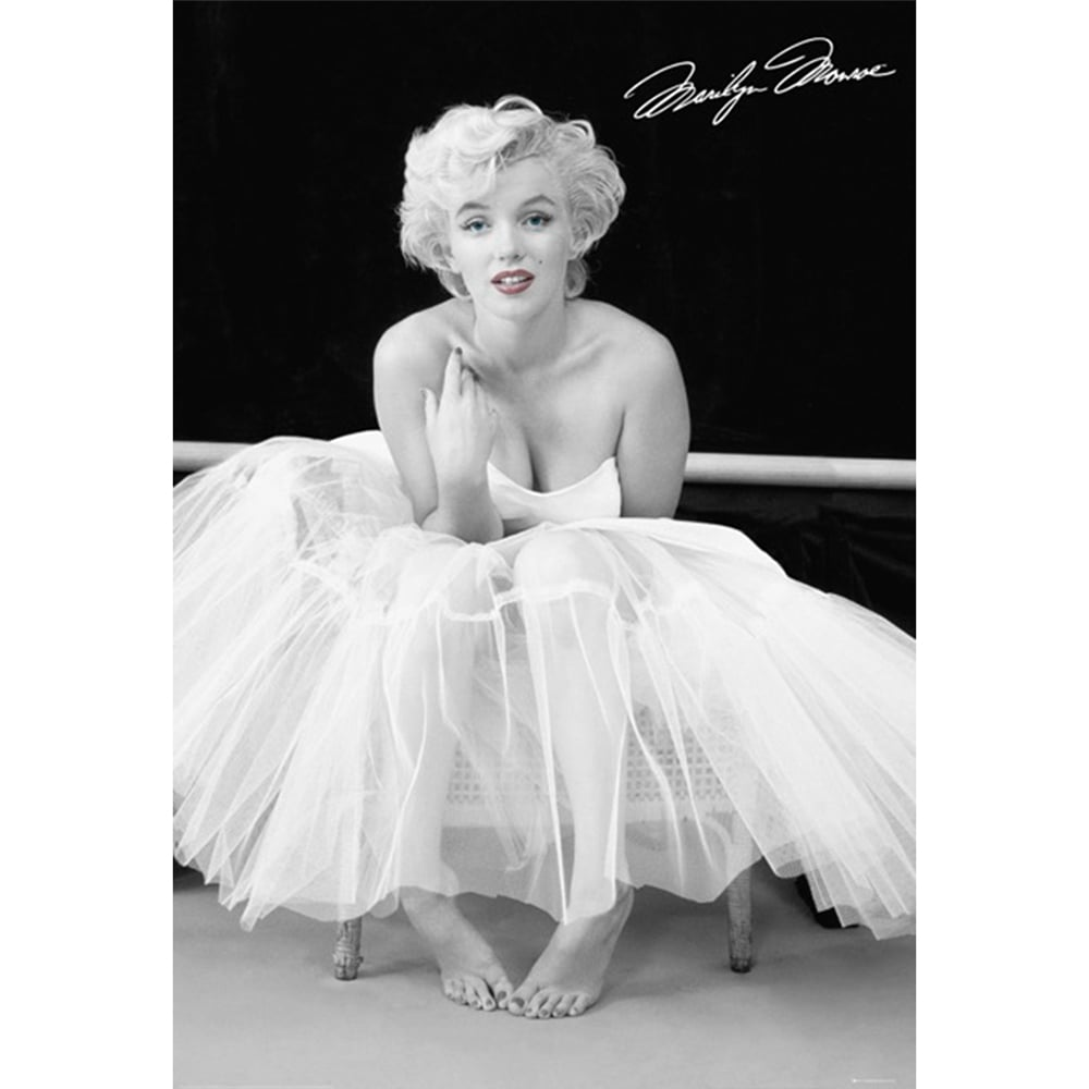 Iconic Black And White Marilyn Monroe Feature Wall Wallpaper Mural | 158cm  X 232cm Part 42