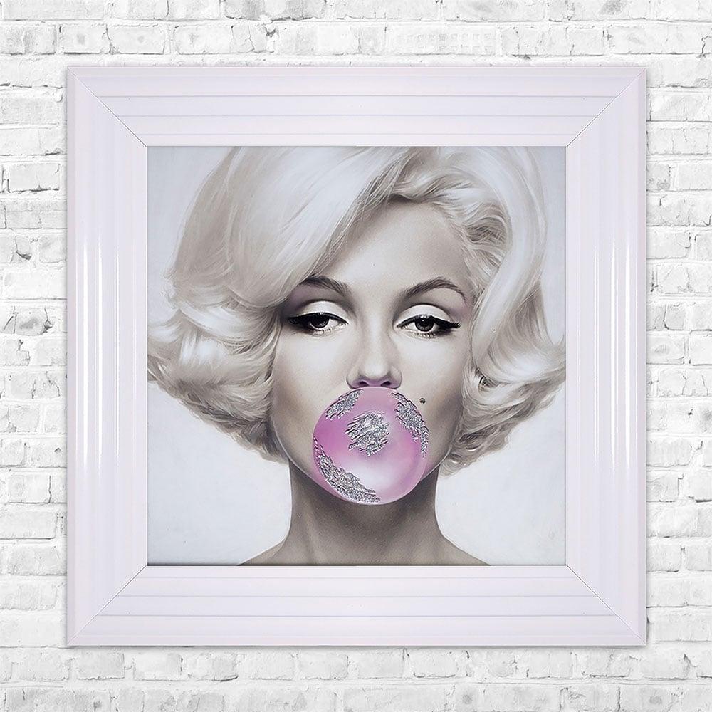 SHH Interiors Marilyn Monroe Blowing Gum Framed Liquid Artwork and ...